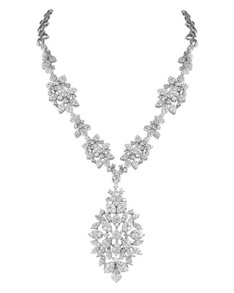 photo of wedding necklace